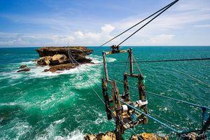 'Chống chỉ định' với người yếu bóng vía: Cáp treo vượt biển Timang