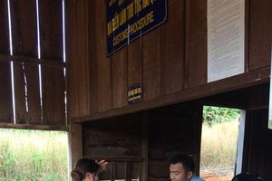 Đề nghị cho phương tiện vận tải được phép qua lại cửa khẩu Đắk Peur