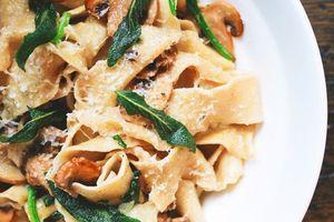 Ngao du Venice tìm địa điểm ăn mỳ pasta ngon nức tiếng