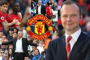 Ed Woodward hứng sự chỉ trích từ fan Manchester United sau trận thua Brighton