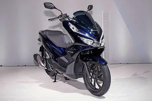 Chỉ tiết kiệm 2% nhiên liệu, cốp bé đi, không ABS, Honda PCX Hybrid có xứng đáng với mức giá 90 triệu