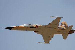 Iran thử nghiệm bay thành công máy bay chiến đấu mới Kosar