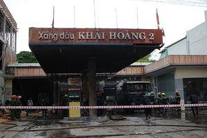 Cháy lớn tại đại lý bán lẻ xăng dầu Khải Hoàng 2 ở Quảng Nam