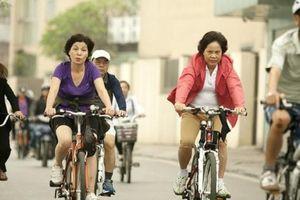 Cần quy hoạch đường cho người đi xe đạp và đi bộ