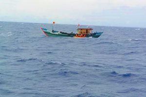 Bí ẩn con tàu gây tai nạn khiến 4 thuyền viên rơi xuống biển