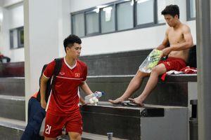 Đình Trọng đi tập tễnh sau buổi tập với Olympic Việt Nam