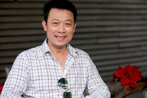 Sân khấu của danh hài Vân Sơn bị ca sĩ kiện, đòi bồi thường 300 triệu