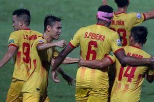 NÓNG: Hết tiền, Nam Định có thể chia tay V.League