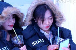 Ăn sushi và uống nước đá trong buồng lạnh dưới -18 độ C ở Vietfish