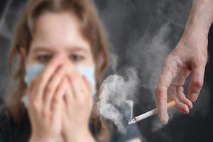 Tại sao ung thư phổi lại xảy ra ở phụ nữ trẻ không hút thuốc lá?