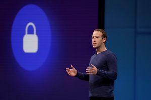 Facebook, Twitter xóa hàng loạt 'tài khoản tuyên truyền'