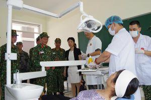Khám chữa bệnh chung khu vực biên giới giữa quân đội hai nước Việt Nam – Trung Quốc