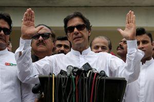 Vừa nhậm chức, Thủ tướng Pakistan cam kết chỉ giữ lại 2 trong 524 người giúp việc