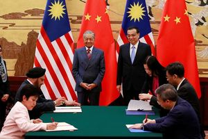 Lý do 'tránh vỡ nợ', Malaysia hủy các dự án 22 tỷ USD với Trung Quốc