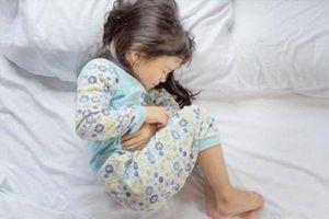 U buồng trứng ở trẻ nhỏ, đừng chủ quan khi trẻ đau bụng