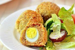 Thịt bọc trứng chiên xù hấp dẫn các bé