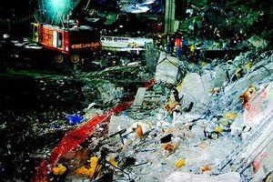 Trung tâm Thương mại Thế giới từng 'sống sót' khi quả bom 600kg được kích nổ năm 1993