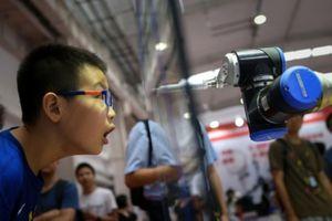 Trung Quốc thể hiện ưu thế trong cuộc đua công nghệ robot