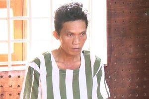 Nghịch tử dùng gậy đánh chết bố mẹ ruột từng phạm tội hiếp dâm trẻ em
