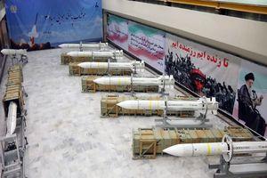Iran đe dọa trả đũa Mỹ, Israel nếu bị tấn công