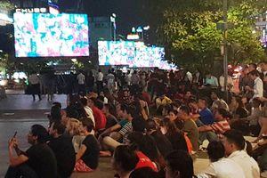 Người Sài Gòn cuồng nhiệt đồng hành cùng Olympic Việt Nam
