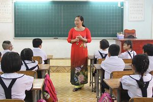 Hà Tĩnh: Giám đốc Sở GD hứa không phải thu tiền HS, giáo viên mừng rơn