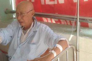 Nghệ sĩ Lê Bình bị ung thư phổi, điều trị cùng khoa với Mai Phương