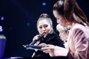 Ca sĩ Hương Tràm: 'Rất nhiều lần em muốn bỏ nghề vì một vài bài báo'