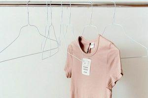 Lỡ mua áo bị chật hay do tăng cân xem ngay 2 cách làm áo giãn ra cực chất này