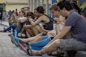 Cuba thử nghiệm mạng 3G miễn phí