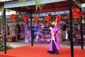 Hà Đông tổ chức tuần lễ du lịch làng nghề lụa Vạn Phúc