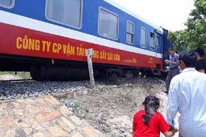 Tàu SE7 bị trật bánh làm tê liệt tuyến đường sắt Bắc - Nam