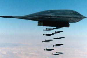 Mỹ thử nghiệm bom hạt nhân xuyên boongke, tấn công vào lòng đất