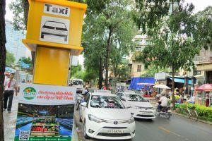 TPHCM lập điểm cố định đón taxi: Có dẹp được nạn 'bát nháo'?
