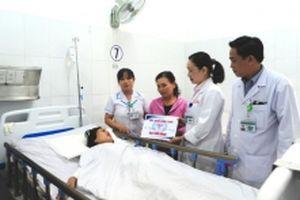 Hỗ trợ các nạn nhân vụ tai nạn thảm khốc ở Quảng Nam