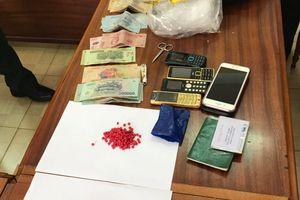 Kon Tum: Bắt 2 đối tượng nghi vận chuyển ma túy qua cửa khẩu Bờ Y