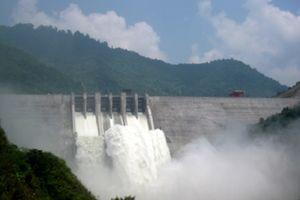 Nghệ An: Xả lũ thủy điện làm 'nóng' cuộc họp UBND tỉnh tháng 8
