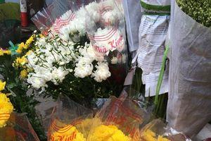 Hoa tươi, vàng mã tăng giá mạnh dịp Lễ Vu lan