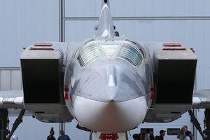 Cận cảnh máy bay ném bom loại mới Tupolev-22M3M của không quân Nga