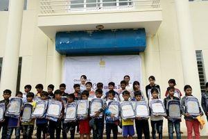 Tập đoàn FVG khởi động chương trình 'FVG - Cùng em đến trường' tại xã miền núi Quảng Nam