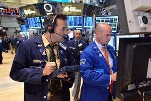 'Bóng ma' chiến tranh thương mại trở lại với giới đầu tư
