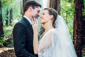 Những điều đặc biệt về váy cưới làm trong 150 giờ của minh tinh Mỹ