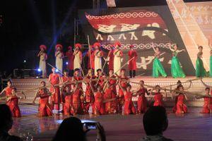 Ngày hội văn hóa các dân tộc miền Trung quy tụ 2.000 nghệ sĩ