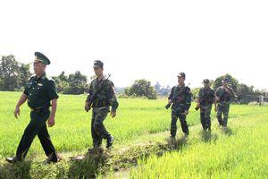 Hai lực lượng trên trận tuyến ngăn chặn 'cái chết trắng'