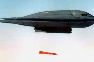 Không quân Mỹ thử nghiệm bom hạt nhân tấn công xuyên lòng đất