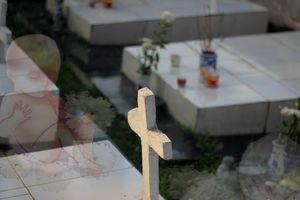 Xá tội vong nhân: Những người không giống ai, 11 năm đi nhặt xác hài nhi