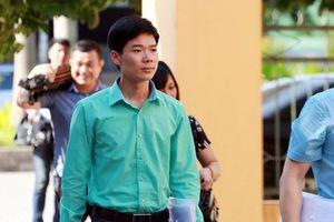 Bác sĩ Hoàng Công Lương bị đổi tội danh thành 'vô ý làm chết người'