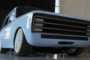 Nhà sản xuất AK47 giới thiệu mẫu xe hơi chạy điện