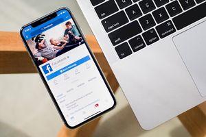 Facebook làm 'bà mối' cho những người chưa phải bạn bè với nhau