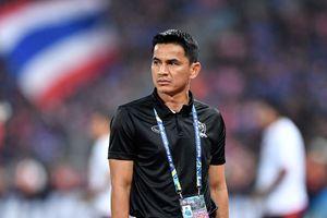 Olympic Thái Lan thất bại ở ASIAD, fan đòi đưa Kiatisak trở lại
